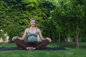 strong yoga®4pregnancy  strong yoga®4women