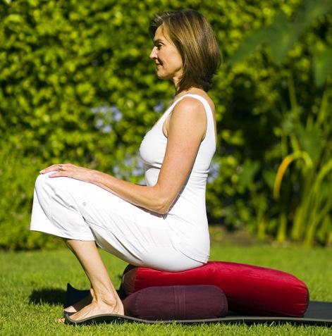 strong yoga®4menopause  strong yoga®4women